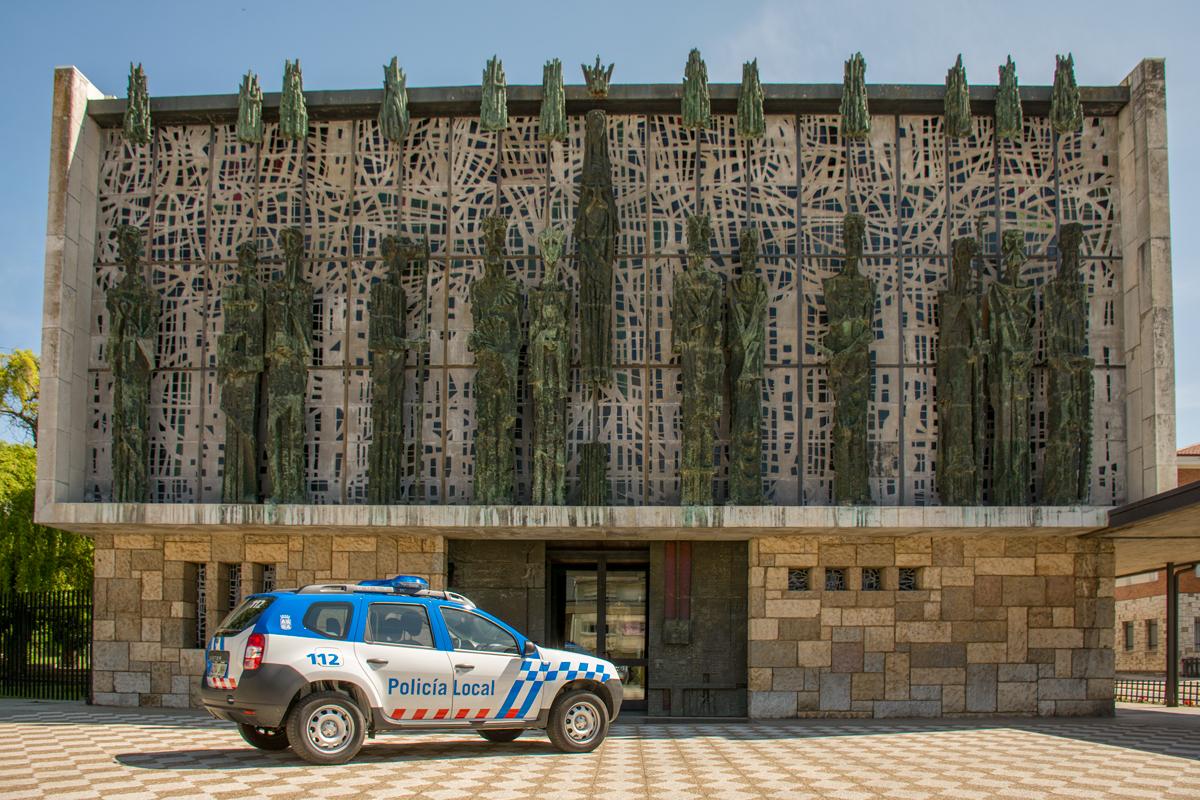 Policía - Basílica